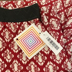 Lularoe Lucy Skirt Long Maxi Red Cream Print XL